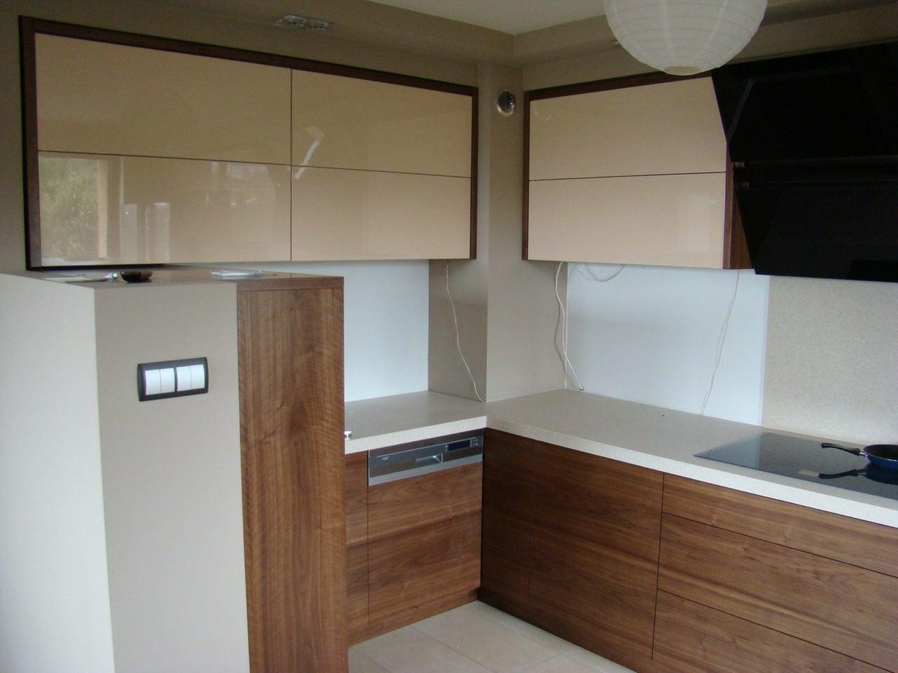 kuchnie nowoczesne  stolarstwo na wymiar  Kuchnie, meble   -> Kuchnie Drewniane Tychy